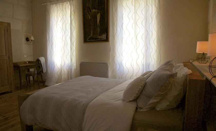 chambre parents Gîte Provence Mas de l'Hermitage
